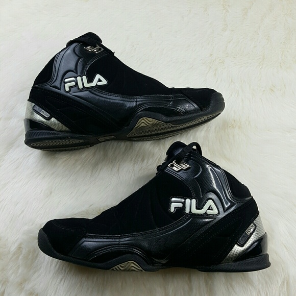 4d717db05194 Fila Other - 🚨SALE🚨FILA Mens Black Basketball Sneakers Size 8